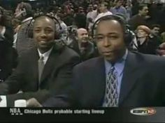 Michael Jordan Last game getting standing ovation in Chicago - YouTube