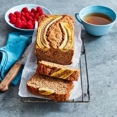 Recipes Wraps A healthier WW recipe for Sarah's banana loaf ready in just Get the SmartPoints value plus browse other delicious recipes today! Ww Recipes, Banana Recipes, Cake Recipes, Healthy Recipes, Delicious Recipes, Healthy Muffins, Healthy Smoothies, Apple Crumble Muffins, Weight Watchers Desserts