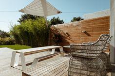 Wohnhaus Ko Ölberg — Kramer and kramer Outdoor Furniture, Outdoor Decor, Kos, Sun Lounger, Home Decor, Terrace, Day Lilies, Limelight Hydrangea, Garden Architecture
