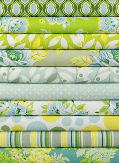 FabricWorm: Fabricworm Giveaway: FQ Bundle of the ENTIRE Nicey Jane Collection by Heather Bailey