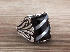925 K Sterling Silver Gemstone Man Ring With Onyx and Nacre 11 US Size #istanbulJewelry #Statement