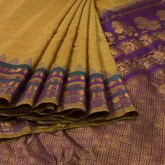 Ghanshyam Sarode Green Handwoven Gadwal Kuttu Cotton Saree 10007418 - AVISHYA