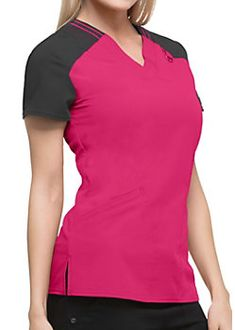 The Dickies Xtreme Stretch Two Pocket Scrub Top is made with stretch fabric and spacious pockets. Shop for yours at Scrubs & Beyond. Scrub Suit Design, Medical Scrubs, Nurse Scrubs, Scrub Tops, Sweater Fashion, V Neck Tops, Stretch Fabric, Work Wear, T Shirts For Women