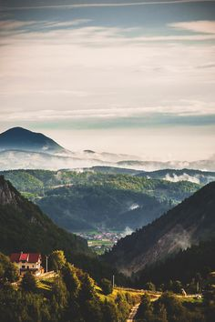 Destination of the week - Brasov, the place where Cold Mountain was filmed. Credits to Alfredo Torres Oh The Places You'll Go, Places To Travel, Places To Visit, Travel Destinations, Wonderful Places, Beautiful Places, Brasov Romania, Bucharest Romania, Cold Mountain