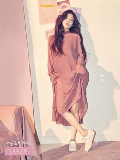 Women's shoe brand 'Nuovo' shared more cuts of Red Velvet's Irene!'Nuovo' recently announced that Irene will be the new face of their brand a… Seulgi, Red Velvet アイリン, Red Velvet Irene, Red Velvet Photoshoot, Red Velet, Miss Girl, Girl Fashion, Fashion Outfits, Kpop Outfits