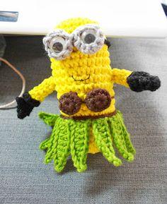 Mesmerizing Crochet an Amigurumi Rabbit Ideas. Lovely Crochet an Amigurumi Rabbit Ideas. Minion Crochet, Crochet Bee, Crochet For Kids, Crochet Toys, Minions, Crochet Designs, Crochet Patterns, Purse Patterns, Crochet Ideas