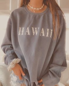 Cute Lazy Outfits, Casual School Outfits, Teen Fashion Outfits, Retro Outfits, Outfits For Teens, Trendy Outfits, Cool Outfits, Trendy Hoodies, Hoodie Outfit