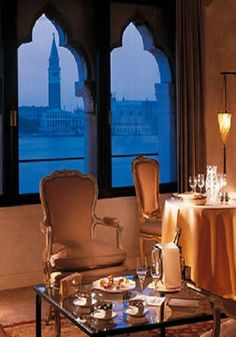 These windows! #Hotel Cipriani in #Venice, Italy - the perfect romantic place on #ebookers