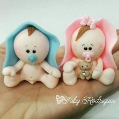 Girl Shower, Baby Shower, Pasta Flexible, Ceramic Clay, Fondant, Ceramics, Christmas Ornaments, Holiday Decor, Cupcake