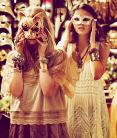 Guy Aroch's photography of Venice Guy Aroch, Free People Blog, Masquerade Party, Mask Party, Style Inspiration, Costumes, My Style, Pretty, Beautiful