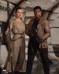 Daisy Ridley Daily - Ideas of Ray Star Wars - - kikaridley: Daisy Ridley as Rey and John Boyega as Finn in a promotional photo for Star Wars: The Force Awakens Finn Star Wars, Rey Star Wars, Star Wars Art, Star Trek, Star Wars Characters, Star Wars Episodes, Rey Cosplay, Star Wars Sequel Trilogy, Star Wars Quotes