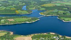 Vue aérienne du Lac de Pareloup sur le Lévézou en Aveyron. #Lévézou #aveyronemotion