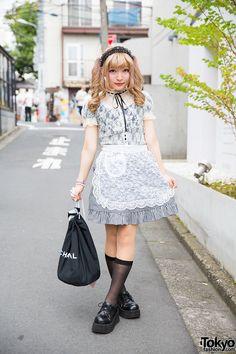 SUPER CUTE. white & black lace [lolita (?) / gothic (?)] dress ... Rinalee, 19 years old, staff at the famous Bubbles Harajuku | 7 September 2015 | #Fashion #Harajuku (原宿) #Shibuya (渋谷) #Tokyo (東京) #Japan (日本)