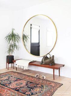 entree design grand miroir rond