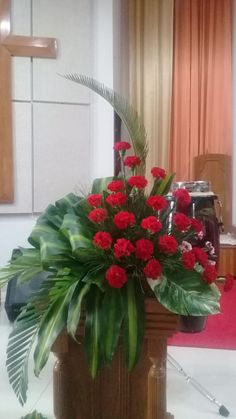 Tropical Flower Arrangements, Church Flower Arrangements, Tropical Flowers, Fresh Flowers, Flower Chart, Deco Floral, Flower Bouquet Wedding, Decoration, Christmas Wreaths