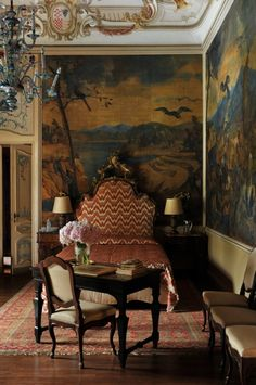 Villas in Riviera Adriatica - Castello Visconti - Painted wall murals Italian Interior Design, Interior And Exterior, Classic Interior, Italian Villa, Italian Style, French Style, Beautiful Bedrooms, Beautiful Interiors, Tuscan Design