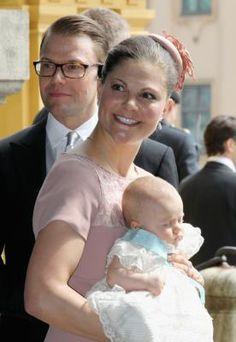Little Estelle and Parents