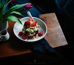 Oat and coconut waffles / Marta Greber