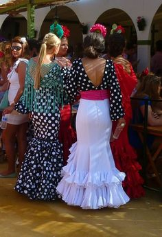 Flamenco Costume, Flamenco Dresses, Purim Costumes, Peplum Dress, Dress Up, Costumes Around The World, Dance Fashion, Vintage Sewing Patterns, Occasion Dresses