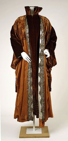 Coat.  House of Worth (French, 1858–1956).  Date: ca. 1911. Culture: French. Medium: silk. Dimensions: Length at CB: 55 in. (139.7 cm).