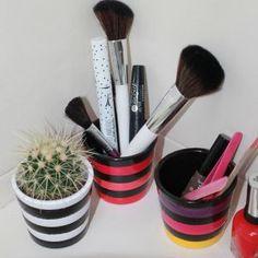 3 Mini-pots Souris à plumes de la Collection Espiègleries inspirée des défilés Sonia Rykiel Sonia Rykiel, Diffuser, Pots, Creations, Boutique, Mini, Collection, Feathers, Computer Mouse