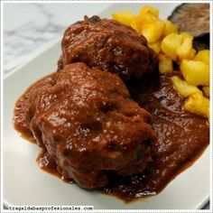 Rabo de toro Cordobes Spanish Dishes, Spanish Cuisine, Spanish Food, Sauces, Colombian Food, Cuban Recipes, Carne Asada, Restaurant Recipes, Tapas