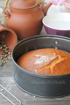 Torta alla camomilla e miele, senza latte burro e uova