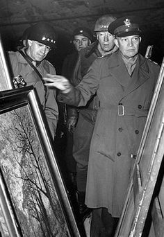 Generals Omar Bradley (left), George S. Patton, and Dwight D. Eisenhower (right) look over art discovered in Merkers salt mines in central Germany on April Us History, American History, Monument Men, George Patton, Cinema, Historical Images, American Soldiers, American Revolution, Japan