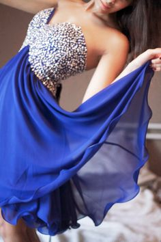 The dance in blue!