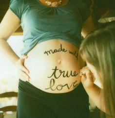 Cute Maternity Idea