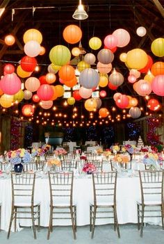 Colorful lanterns for the wedding- Bunte Lampions zur Hochzeit Your own wedding is one of the most beautiful days in your life, so it should be perfect and nothing … - Floating Paper Lanterns, Paper Lantern Lights, Lantern Lighting, Hanging Lanterns, Icicle Lights, Table Lighting, Solar Lanterns, Chinese Lanterns, Wedding Reception