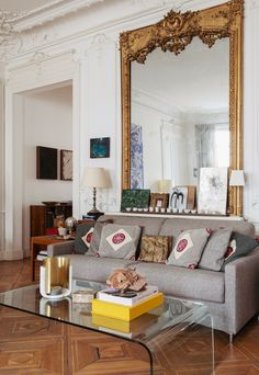 Victoire de Pourtalés's Art-Filled Home in Paris Feels Decidedly Relaxed | Architectural Digest