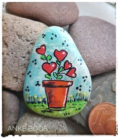 Rock Painting Patterns, Rock Painting Ideas Easy, Rock Painting Designs, Stone Art Painting, Pebble Painting, Pebble Art, Stone Crafts, Rock Crafts, Rock Flowers
