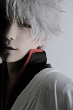 kuryu as Sakata Gintoki (Gintama). So far the best Gintoki cosplay I ever seen :)
