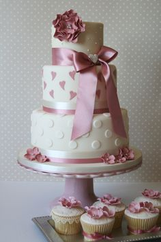 Cake Colour Schemes, Happily Ever After, Wedding Cakes, Sweet Treats, Desserts, Food, Wedding Gown Cakes, Meal, Color Schemes