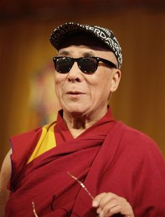 The Dalai Lama, Self Immolation And Tibet - The Nutcrack Buddha Buddhism, Tibetan Buddhism, Gautama Buddha, Man Of Peace, 14th Dalai Lama, Om Mani Padme Hum, Spiritual Inspiration, Dali, Tibet