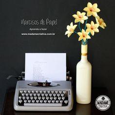 Como fazer Narcisos de papel- Passo a passo com fotos - How to make paper flowers / daffodils - DIY tutorial - Madame Criativa - www.madamecriativa.com.br