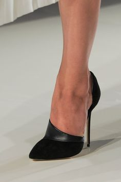 97 details photos of Victoria Beckham at New York Fashion Week Fall 2014. Dear Vamp Welcome Back.