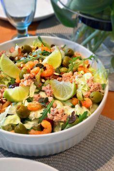 Pasta Salad, Cobb Salad, Potato Salad, Chili, Food And Drink, Potatoes, Ethnic Recipes, Crab Pasta Salad, Chile