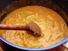 Zöldbabfőzelék | Varga Gábor receptje - Cookpad receptek Thai Red Curry, Food And Drink, Cooking Recipes, Chicken, Ethnic Recipes, Kitchen, Foods, Fimo, Hungarian Recipes