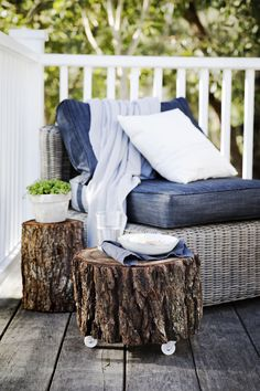 DIY timber log side tables with Tara Dennis at her stunning rive house