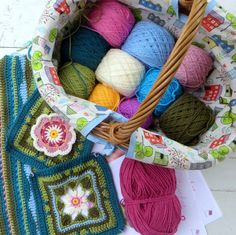 I am joining in with the  Stycraft yarns Lilypond crochet along