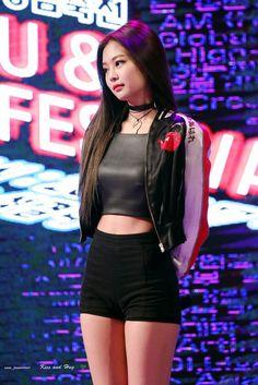 Beauty & Monster - Exo & Blackpink ff {Baekhyun x Jennie} - blackpink - Frau Blackpink Jennie, Stage Outfits, Kpop Outfits, Sexy Outfits, Kpop Girl Groups, Kpop Girls, Baekhyun, Kim Jisoo, Perfect Figure