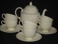 Wedgwood Edme 1950's Off White Teapot With Cups And Saucers Serving Set #Wedgwood