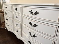 Details! General Finishes milk paint in Antique White Painted by @jaimea4