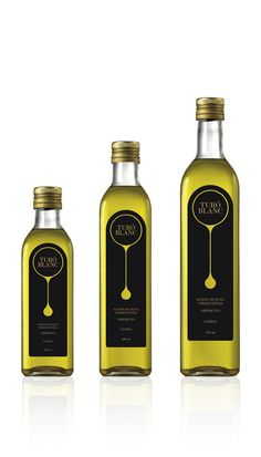 Even though this bottle is simple it still catches the eye. The design is very simple and not over the top. It fits perfectly well for olive oil.