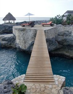 ive been here... it IS as amazing as it looks.  Tensing Pen Resort, Negril, Jamaica