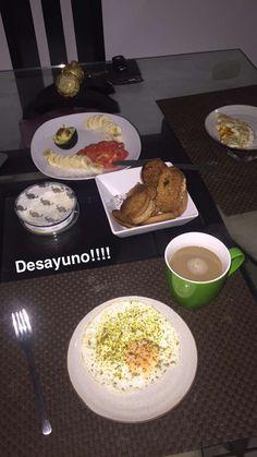 Lo más importante cuando de alimento se trata! Desayunar.