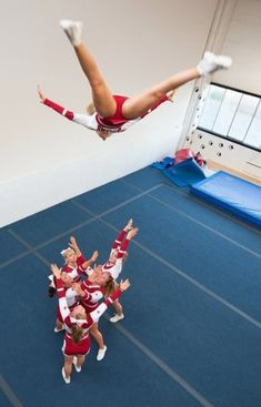 Basket toss - was my favorite thing about cheerleading! Cheerleading Photos, Cheer Stunts, Cheer Dance, Basket Toss, Cheers, Cheer Poses, College Cheer, Hot Cheerleaders, Cheerleader Girls