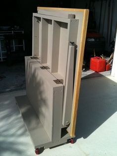 Fold-Flat Workbench - by Chipy @ LumberJocks.com ~ woodworking community